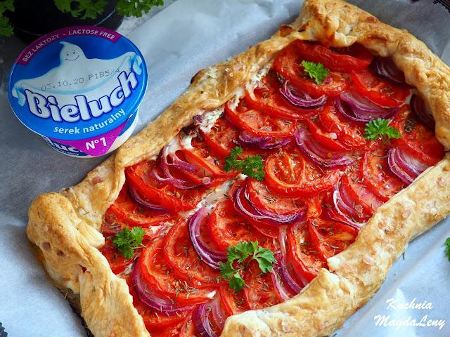 Tarta francuska z pomidorami i serkiem Bieluch