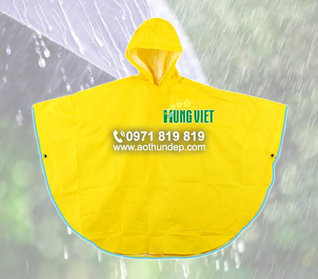 Đặt áo mưa in logo công ty số lượng lớn
