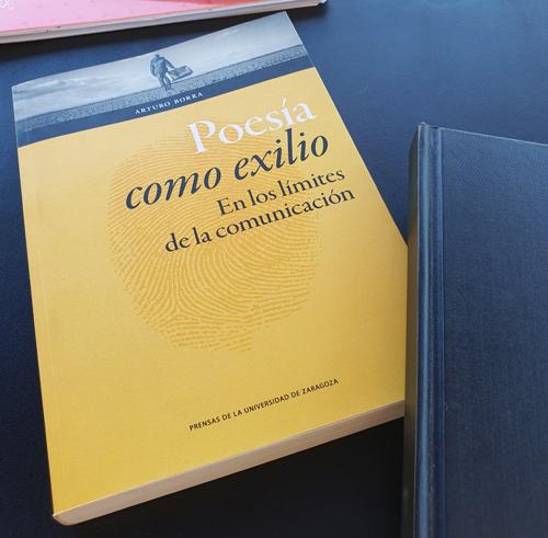 Cubierta de «Poesía como exilio» de Arturo Borra (P.U.Z.)