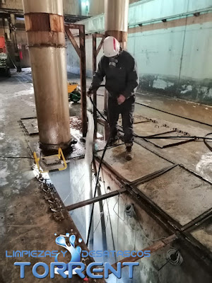 Limpieza de tubos con máxima cemento Valencia