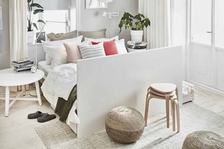 Nuevo catálogo IKEA 2021 dormitorios: dormitorio de estilo nórdico.