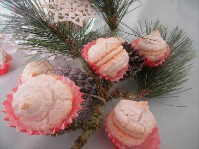 White coconut parachutes