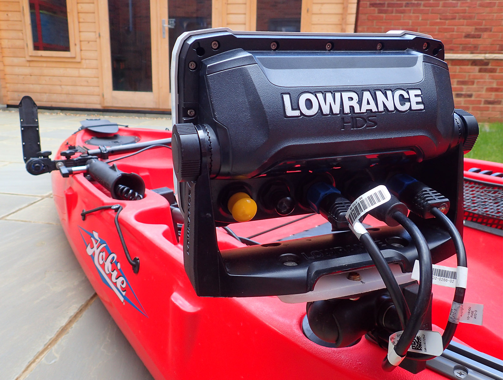 Saltwater Kayak Fisherman Upgrade Lowrance Totalscan All In One Wiring To Vhf Radio Fitting The Transducer Would Result Loss Off Swing Arm Assembly Lss2 Plus Its Cabling And 83 200khz Broadband Sonar
