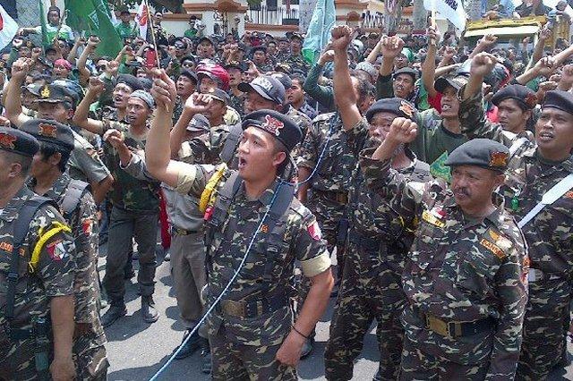 """Peduli Rohingya, Banser NU Jatim Siap Jadi Relawan ke Myanmar: """"Perang kita juga siap"""""""