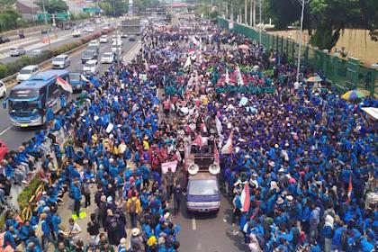 Dari Barat Hingga Timur Indonesia, Ini Kota-Kota Yang Diwarnai Unjuk Rasa Ribuan Mahasiswa