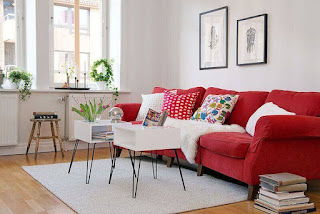 How To Decorate The Living Room With A Amazing Red Sofa