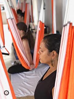 yoga nidra, aeroyoga nidra, aerial yoga, relajación profunda, relax, relajación, meditación, meditation, beneficios, salud, ejercicio, nuevas tendencias