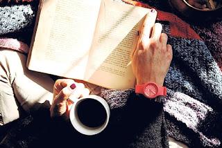 wanita tua memori tinggi karena kopi