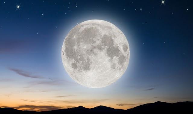 O efeito de um eclipse lunar em sua mente, corpo e alma