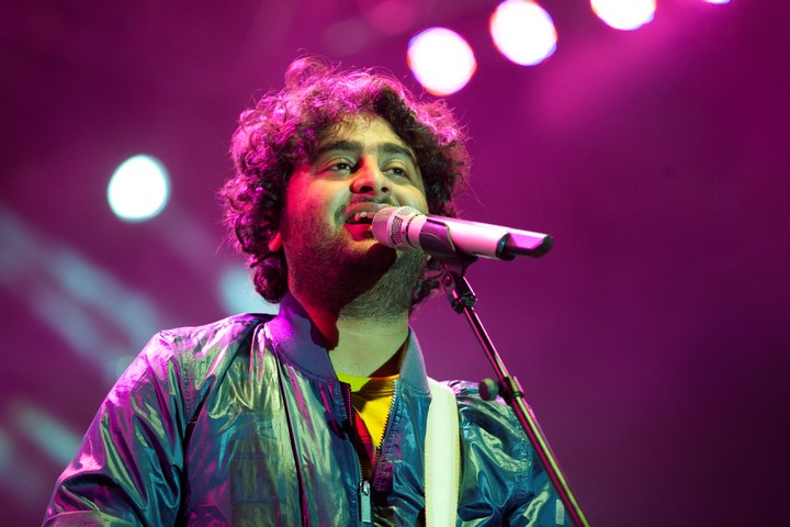 Arijit Singh - Topic - YouTube