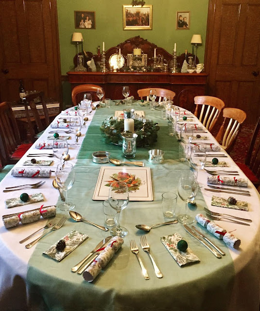 Christmas dinner table settings