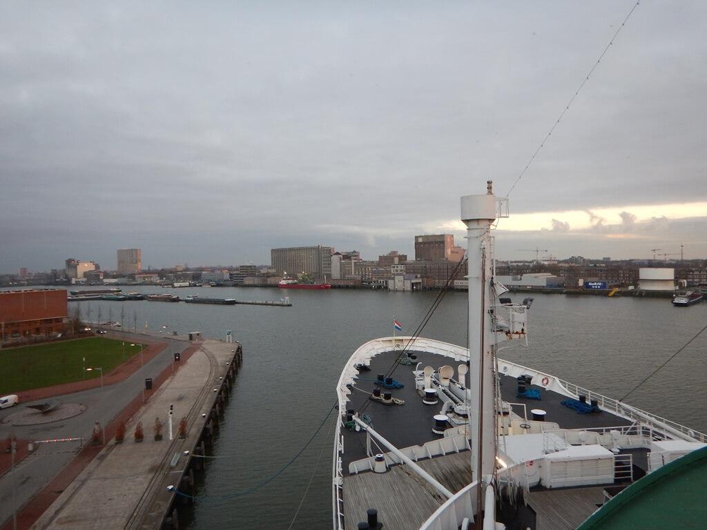 Visita guiada ao navio SS Rotterdam