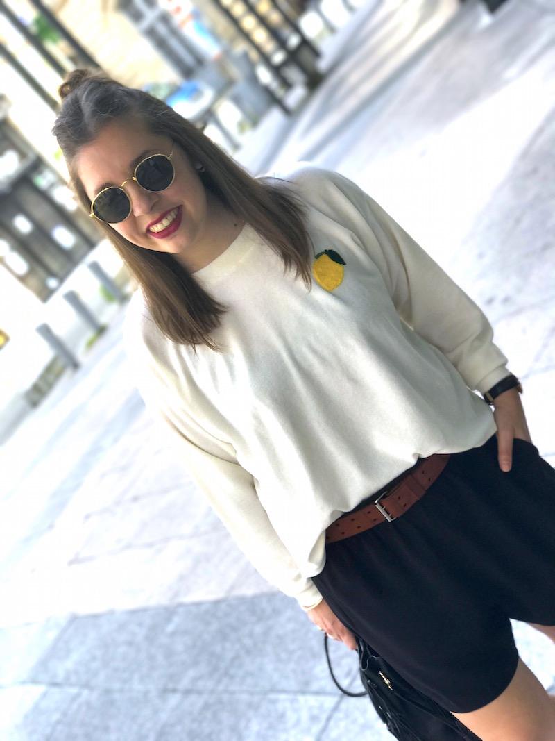 sweat éponge Wear Lemonda, short ample noir H&M, sac M de Maje