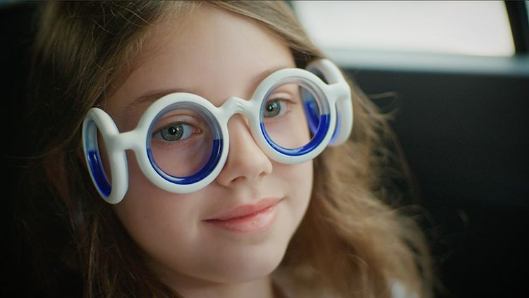 SEETROËN - the First Glasses to Eliminate Motion Sickness