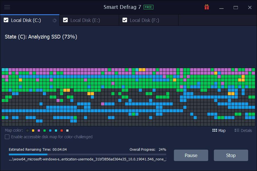 IObit Smart Defrag Analyzing Hard Disk Screenshot