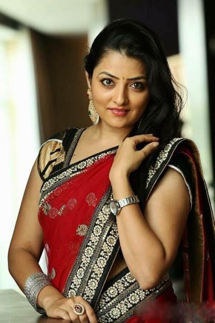 sari style ladki ke photo