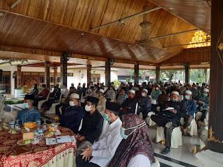 Bupati Batanghari Gelar Sillaturahmi Bersama Ratusan Da'i Di Rumah Dinas Pondopo