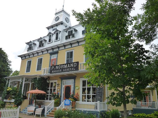 magasin général de Saint-Antoine de Tilly Québec