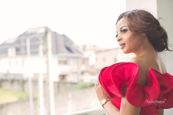 Oritse Femi Privately Marries His Girlfriend Nabila Fash