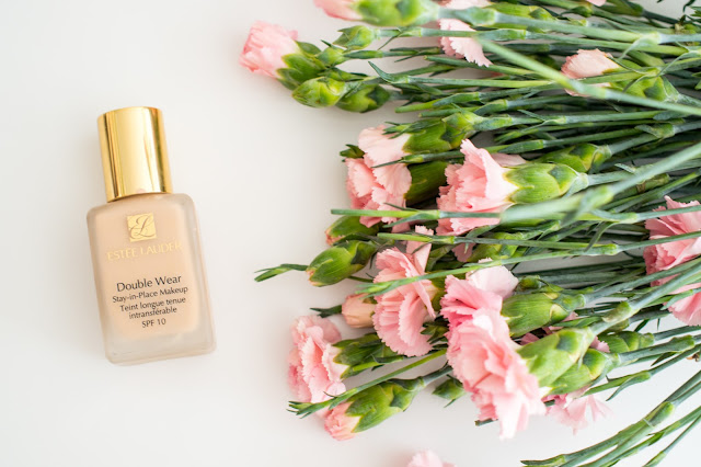 Estée Lauder Double Wear Foundation Test