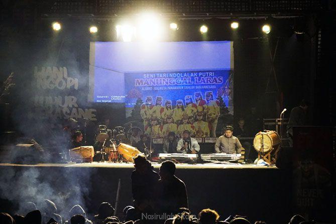 Pertunjukan gratis di Dieng Culture Festival