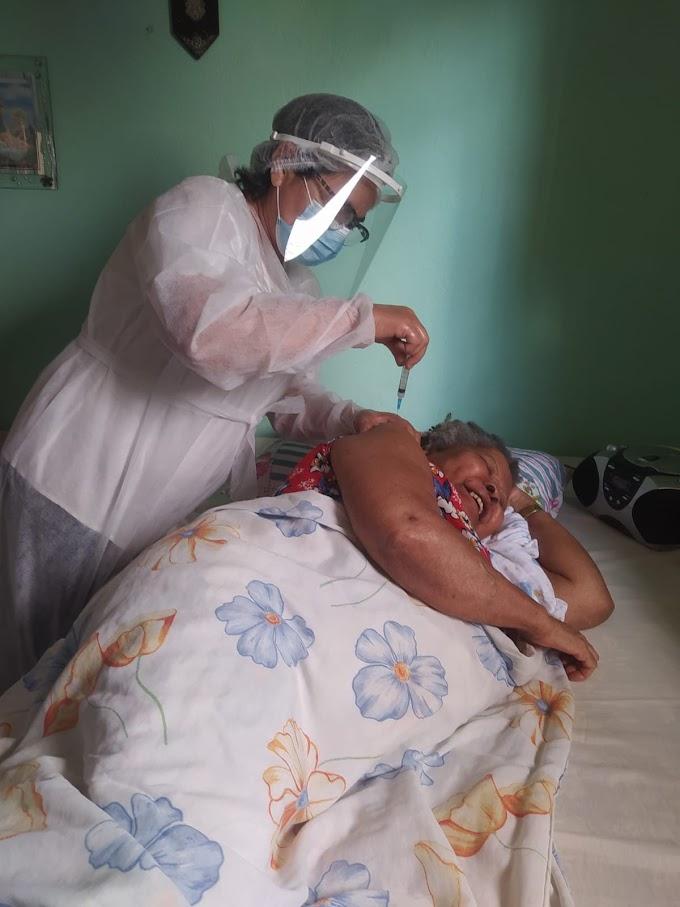 Secretaria de Saúde estabelece estratégia de vacinação de idosos de 80 a 89 anos para a próxima semana
