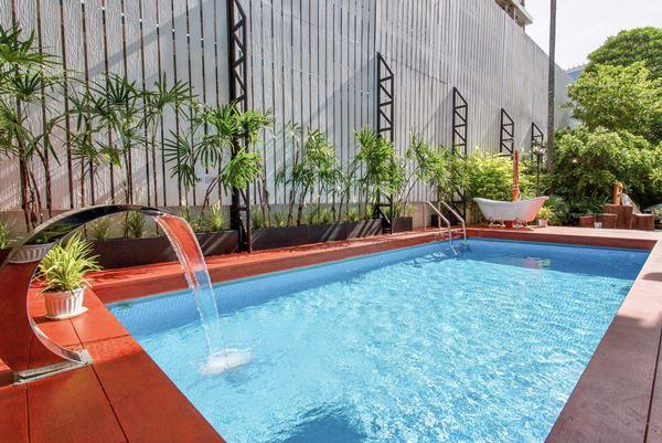 ให้เช่าบ้าน ใจกลางสาทร (สวนพลู) Luxury heritage pool villa (Sathorn) พร้อมอยู่ รีโนเวทใหม่ 2 ชั้น 4 ห้องนอน