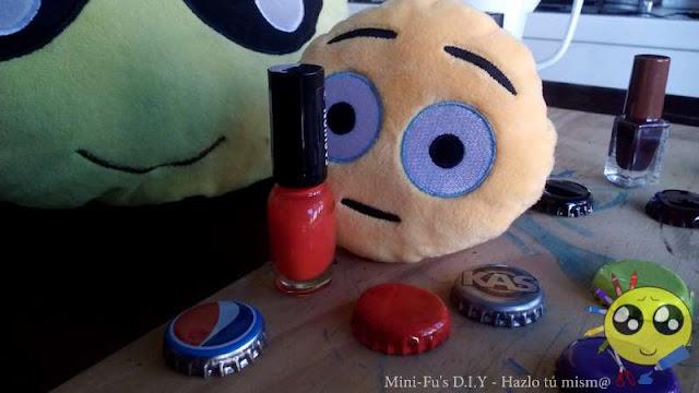 Chapas DIY con esmalte de uñas