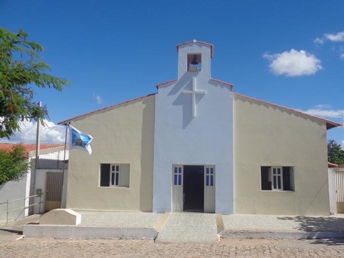 Paróquia de Angicos comunica mudança no local de missas devido reforma na Igreja Matriz