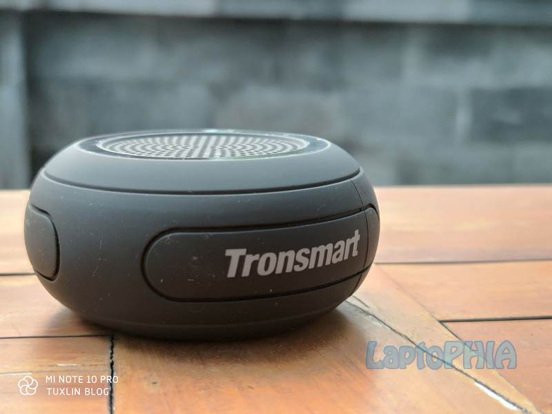 Desain Tronsmart Element Splash
