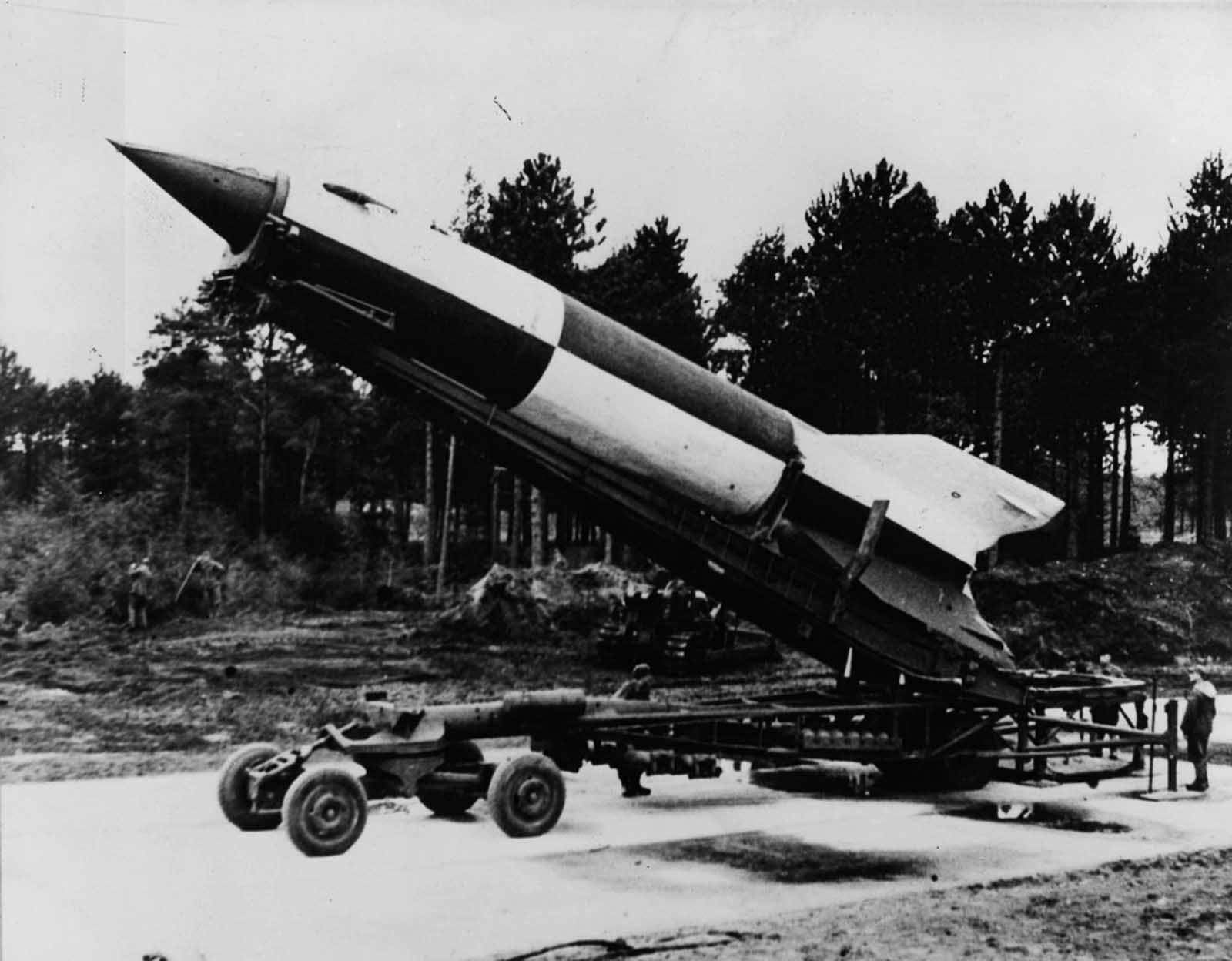 A V-2 rocket ready for launching at Cuxhaven in Lower Saxony. 1945.