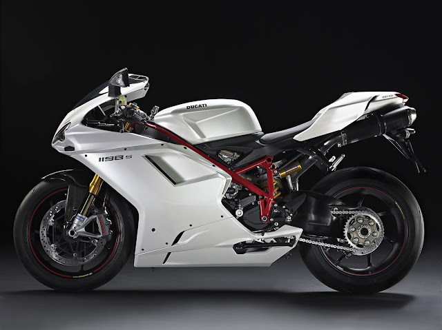 Ducati 1198S hd images,official review