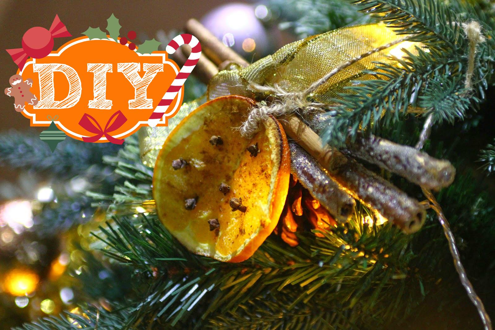 DIY Cinnamon & Orange Christmas Tree Decorations