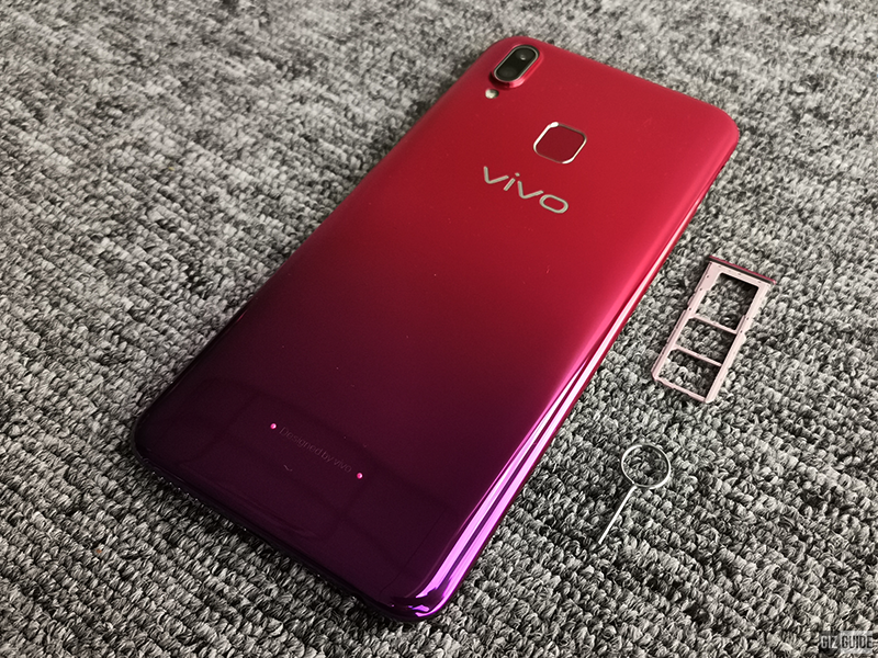 Vivo Y95 in Aurora Red