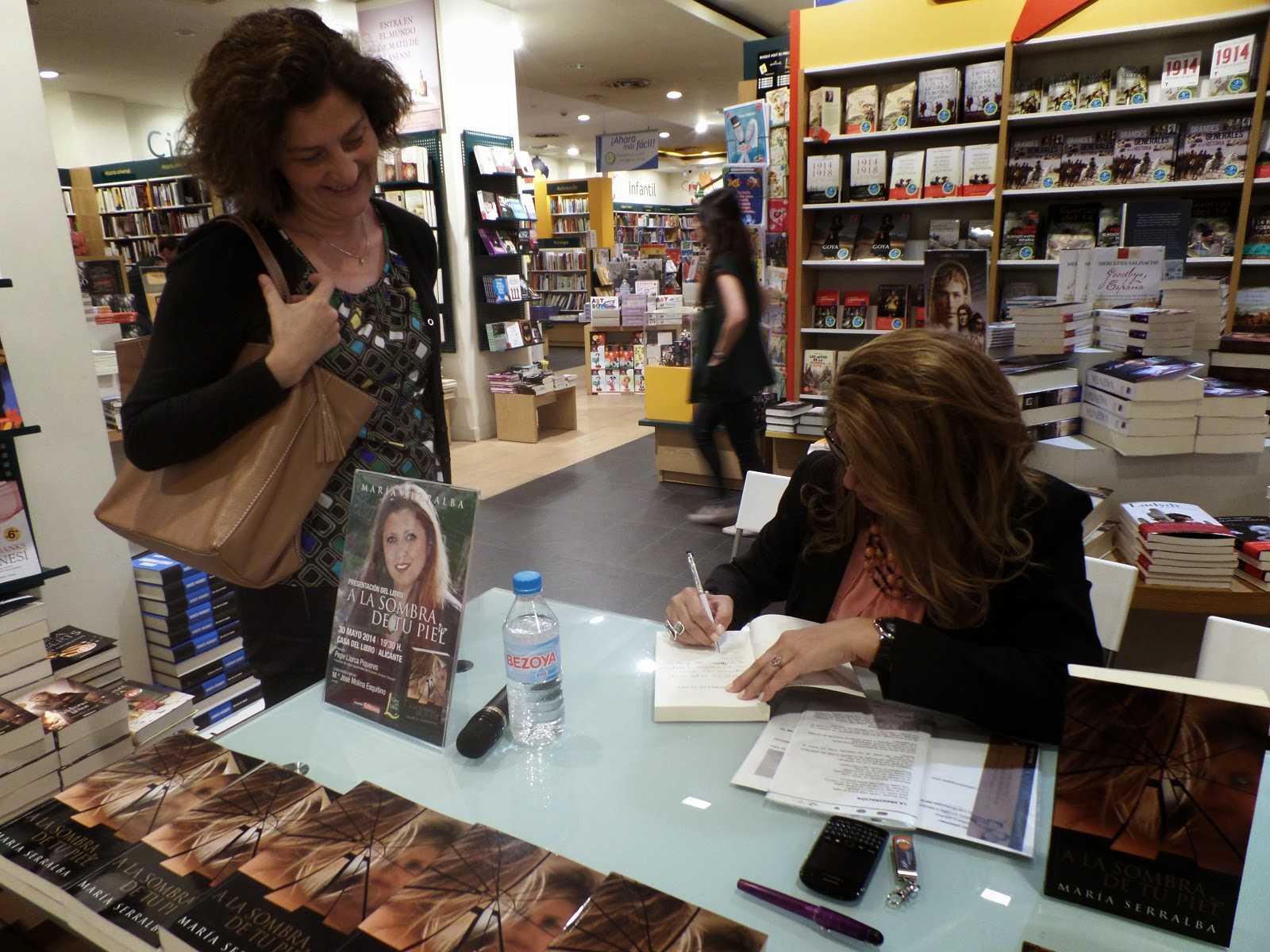 El Blog de María Serralba-Presentación en Alicante 30/05/14