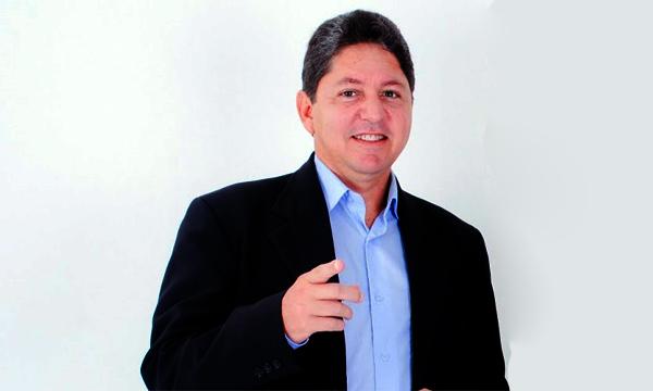 Prefeito Túlio Lemos se defende de críticas sobre gestão caótica ...