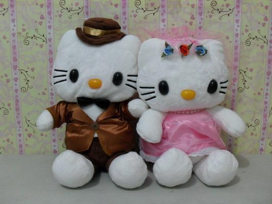 Hello Kitty Wedding Gift: Cake N Gift: Boneka Hello Kitty Wedding Purple