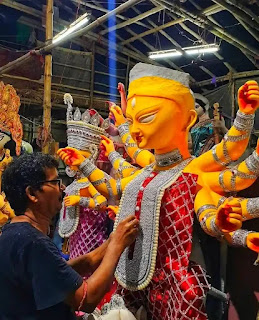 Durga Puja Photos, Images 2021 - Durga Puja Pandal Photo Gallery Kolkata