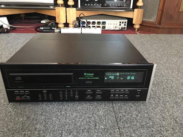 Đầu CD McIntosh: 7008 - Made in USA
