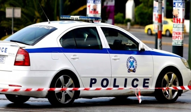 Συνελήφθησαν 7 αλλοδαποί για πλαστογραφία ταξιδιωτικών εγγράφων