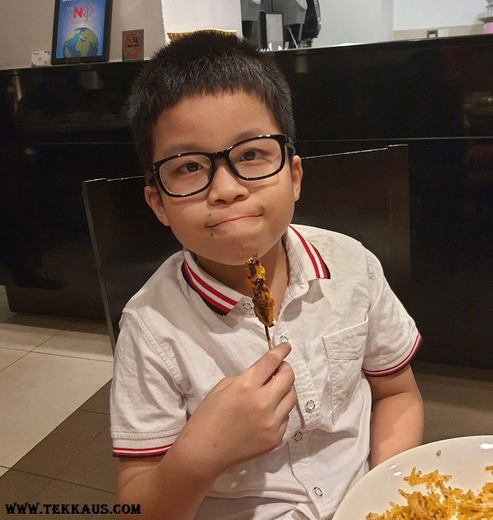 Ramadan Buffet Dinner at Holiday Inn Melaka 2021 Review