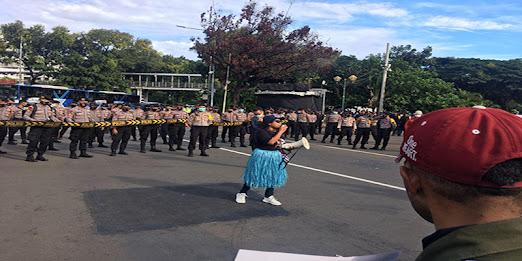 Aksi Mahasiswa Papua Di Monas, Peringati Kemerdekaan Papua Barat