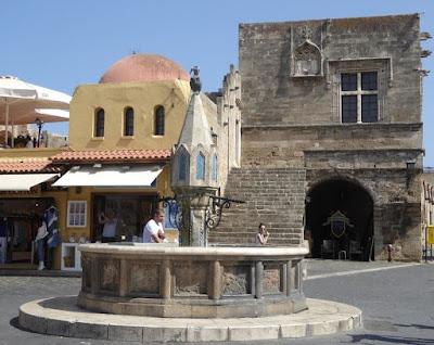 Ippocrate square Rodi