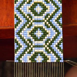 ткачество бисерное станочное на станке бисероплетение, делика loom beading beadweaving