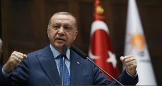 بالفيديو: الرئيس أردوغان يردد النشيد الوطني مع الشعب