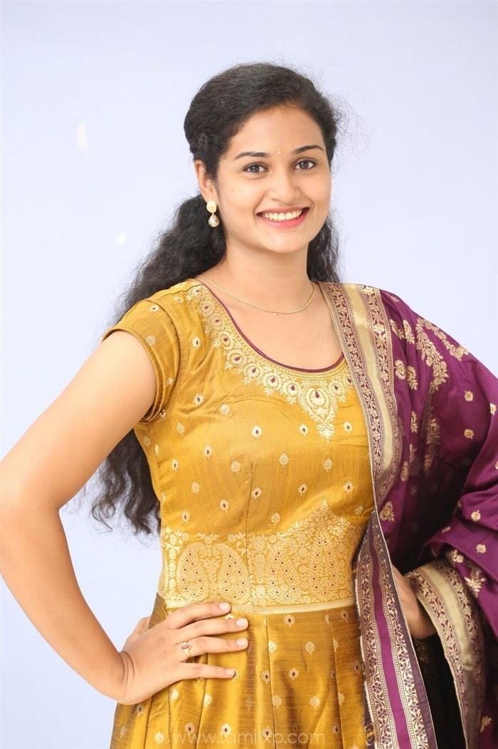 Telugu Actress Geethika Photos