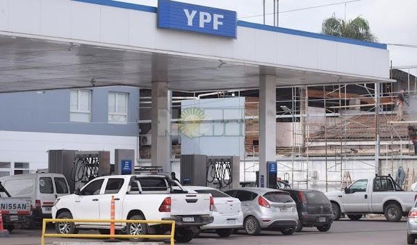 YPF suspendió el aumento del 5 por ciento a la nafta