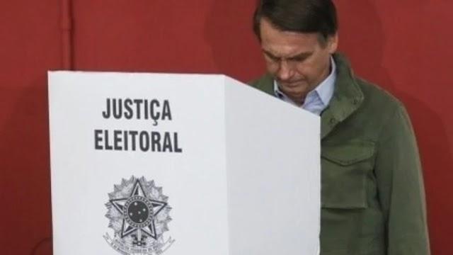 Bolsonaro defende voto impresso e diz que derrotados podem não aceitar resultado