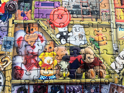 Christmas gifts for jigsaw puzzle fans