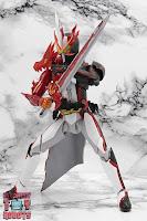 S.H. Figuarts Kamen Rider Saber Brave Dragon 19